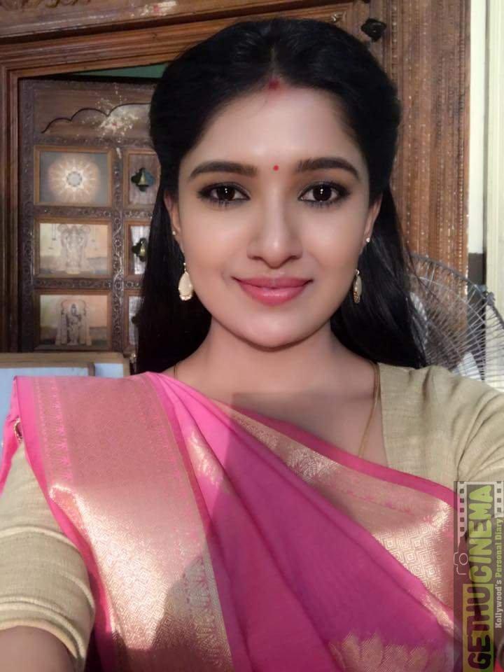 Vani Bhojan 2017 new Hd (23)