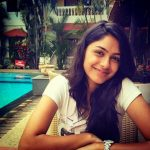 Mrunal Thakur HD Wallpapers Free Download15