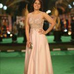Rashi Khanna (40)
