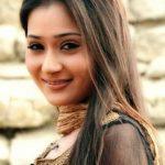 Sara-Khan (2)