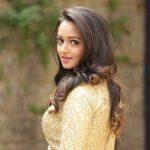 Shanvi Srivastav (20)