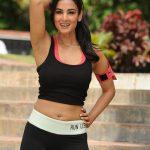 Sonal Chauhan (27)