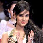 Sonal Chauhan (5)