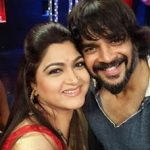 actress-kushboo-selfie-with-actress-maddy-madhavan-25