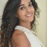 Anu priya (6)