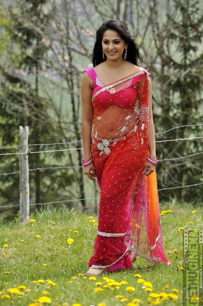 Actress Anushka Shetty Latest HD Photoshoot - Gethu Cinema