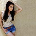 Evelyn Sharma 4