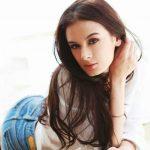 Evelyn Sharma 9