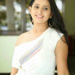 Ishika Singh (12)