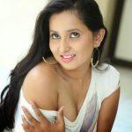 Ishika Singh (13)