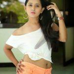 Ishika Singh (7)