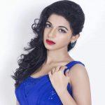 Iswarya Menon (16)