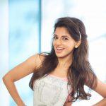 Iswarya Menon (27)