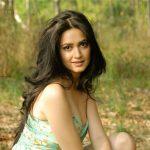 Kriti Kharbanda (56)