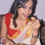 Madhavi Latha (5)