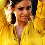 Meera Chopra (19)