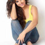 Meera Chopra (21)