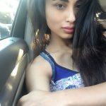 Mouni Roy (25)