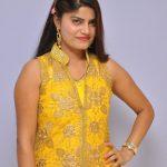 Nandini Kapoor  (14)