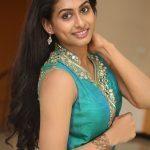 Nithya Naresh (4)