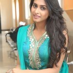 Nithya Naresh (5)