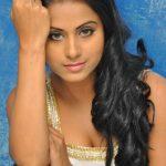 Rachana Maurya (2)
