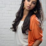 Radhika Apte (4)