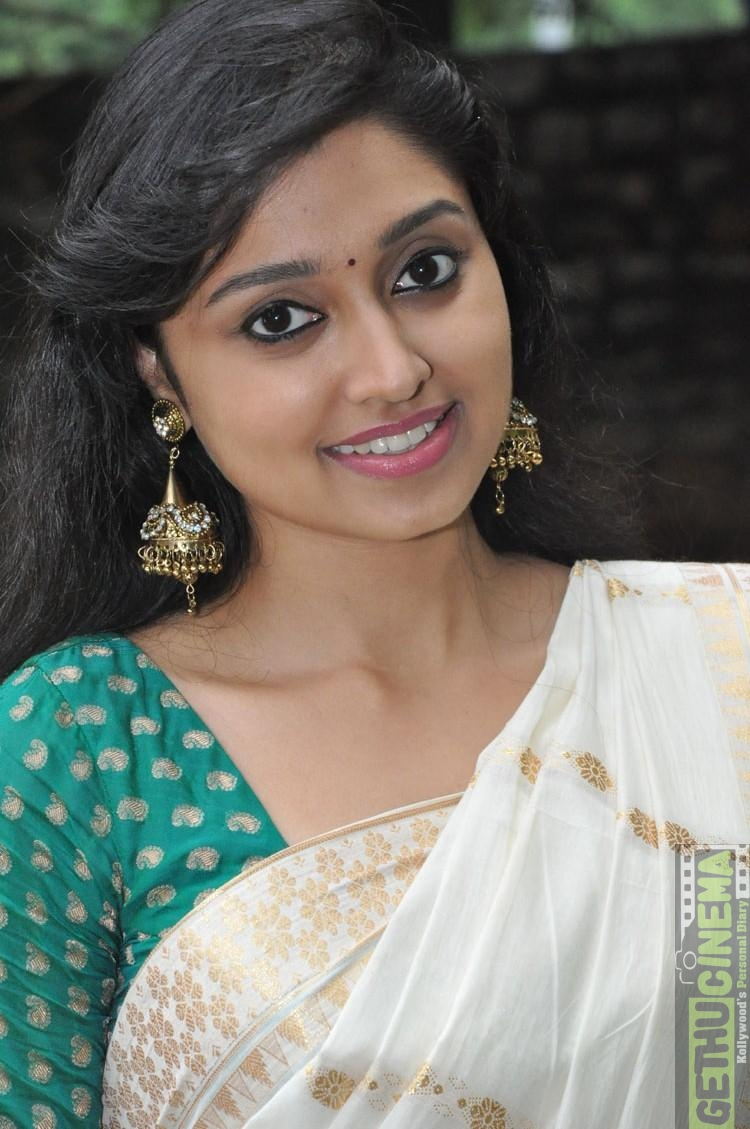 "Rekka Actress Sija Rose ""Mala Akka"" Cute HD Gallery ..."