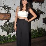 Surveen Chawla (11)