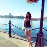 Surveen Chawla (24)