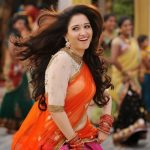 Tamanna-Novel-show-In-Half-Saree-3