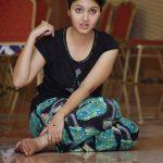 gayathri-suresh-14