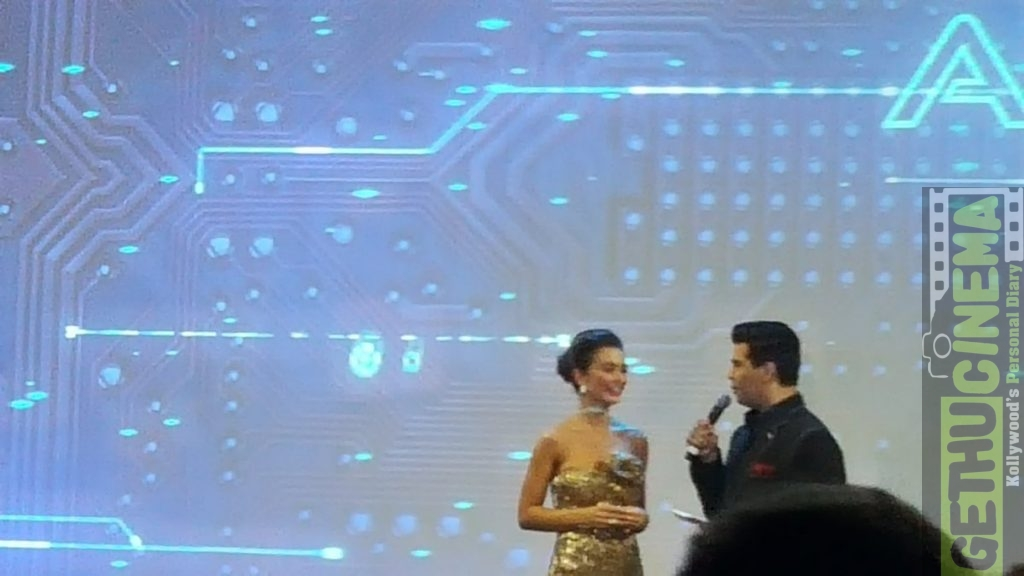 2.0 First Look Launch amy jackson on stage