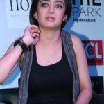 Akashara Haasan (14)