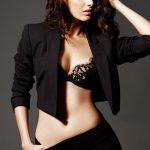 Amyra Dastur (18)