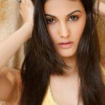 Amyra Dastur (19)