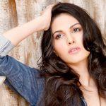 Amyra Dastur (30)