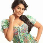 Anjali  (18)