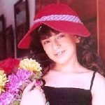 Hanshika Motwani childhood photos (9)