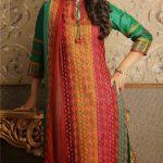 Hina Khan (28)