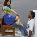 Kaththi Sandai (10)