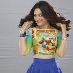 Kaththi Sandai (13)