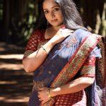 Kavya Madhavan  (16)