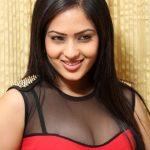 Nikesha Patel (7)