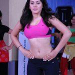 Old Spicy Stills Of Hansika Motwani (2)