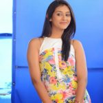 Pooja Jhaveri (20)