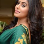 Poorna at SR Fashion Studio Launch Stills (2)