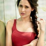 Pragya Jaiswal (17)