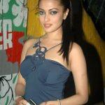 Riya Dev Varma aka Riya sen (14)