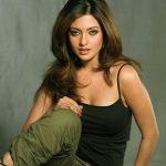 Riya Dev Varma aka Riya sen (28)